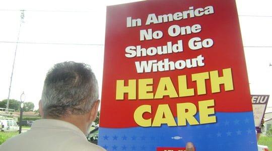 Ulusal Sağlık Reformu 7 milyon göçmeni kapsamıyor