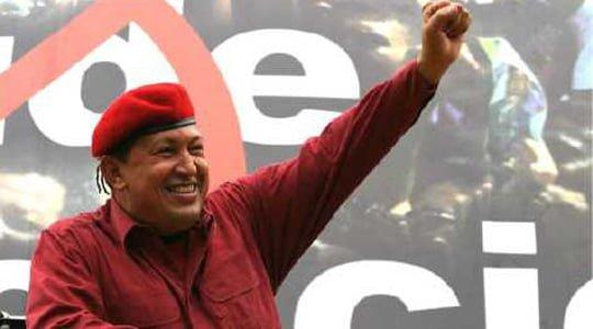 Hugo Chavez ve silahlı halkı