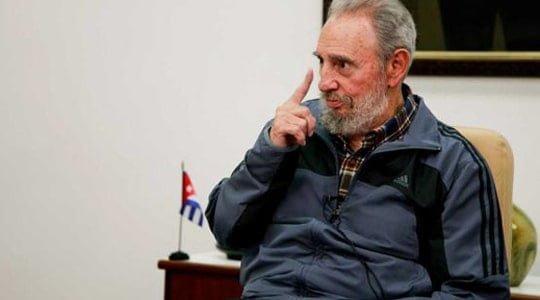Fidel Castro ekonomistlerle buluştu