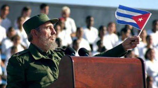 Fidel Castro : Ayakları yere basarak