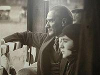 Atatürk ve Fikriye Hanım
