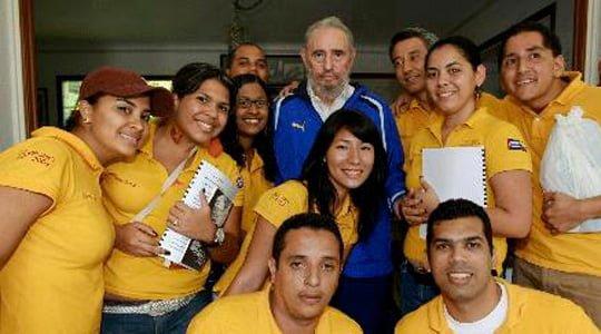 Fidel Castro Venezuelalı yeni mezun hukukçularla küresel ısınmayı tartıştı