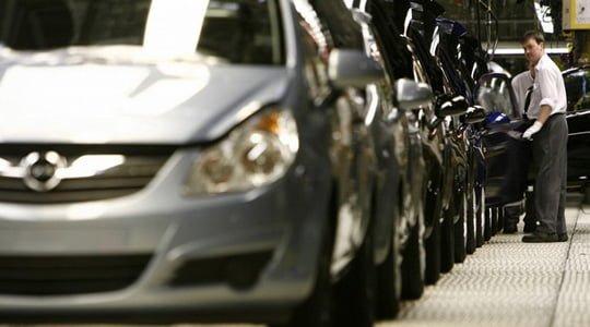 Merkel'den Opel'e destek