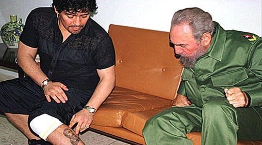 "Photo of Fidel Castro "" Kalbim Maradona'yla beraber"""