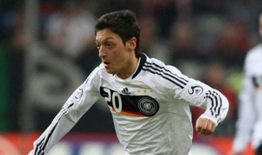 Photo of Mesut Özil Real Madrid'e transfer oldu