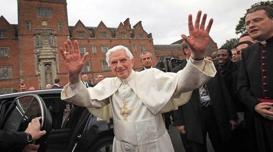 Photo of Papa Benedict'den Mafya uyarısı